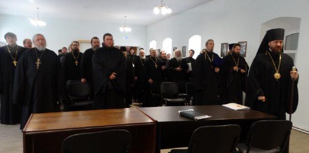 Ежегодное собрание духовенства Троицкой епархии